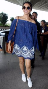deepika-airport-spotting