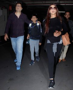 sonali bendre-airport-spotting
